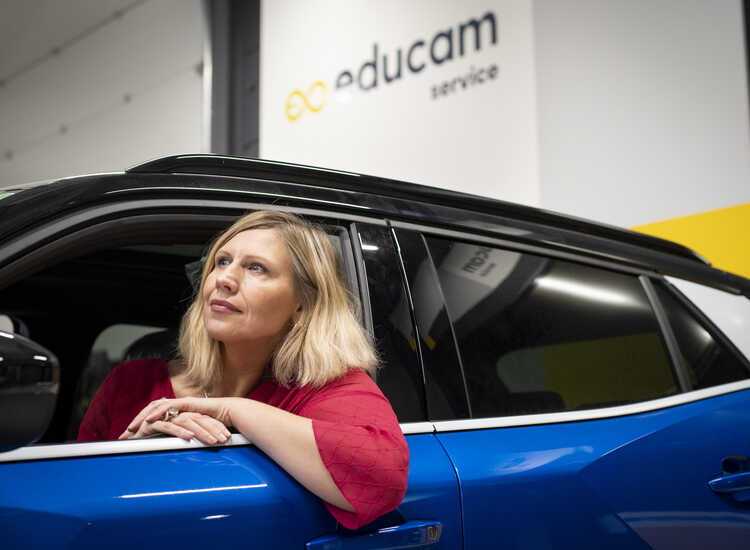 Leerlingen én leraren aan boord in de autosector
